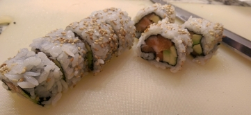 Maki sliced using a Yanagiba Knife