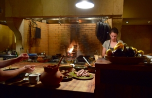 Open kitchen - cooking with fire - at Camino