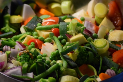 3-pile-of-veg-chopped-and-ready-to-saute